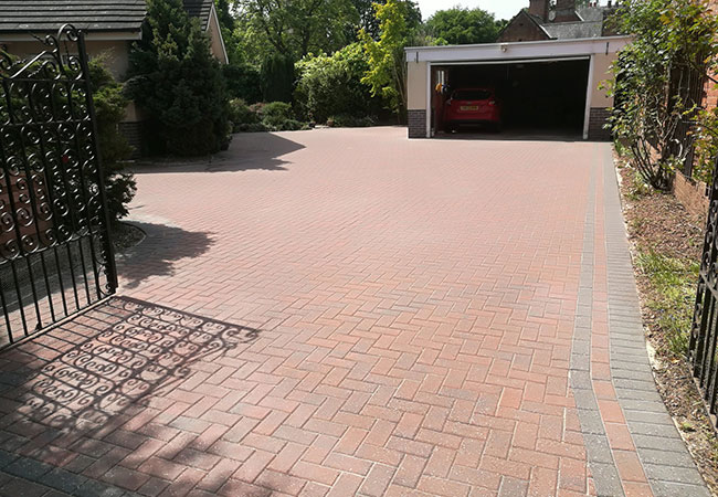 Driveway clean and resand in Radcliffe on Trent, Nottingham (after)
