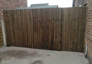 Featheredge fencing and gate created and installed on a job at Awsworth, Nottingham