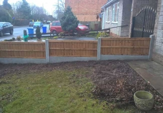 A fence we installed in Long Eaton, Nottingham using concrete post and gravel boards with close boarded panels for a job.
