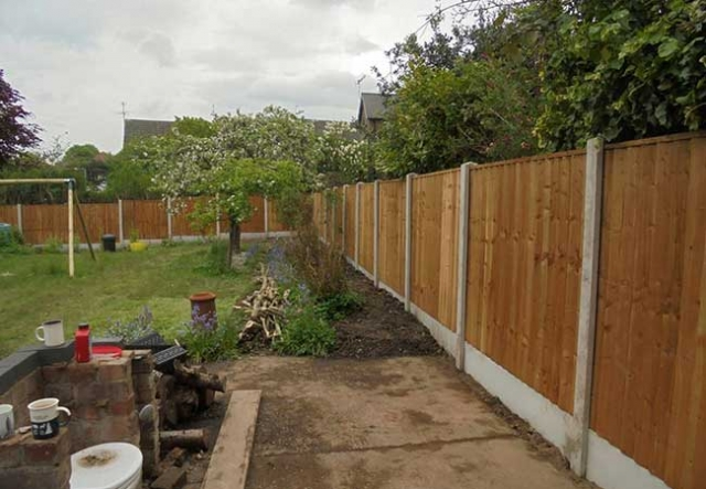 Fencing we installed on a job in Woodthorpe, Nottingham using Concrete posts and gravel boards and timber close boarded panels.